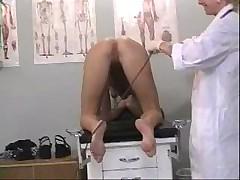С женщиной-гинекологом приятнее