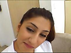 Arabskaja devushka prohodit zhestkij pornokasting